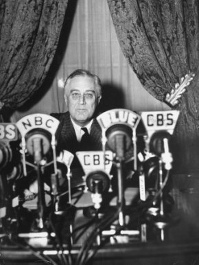 thomas-d-mcavoy-president-franklin-d-roosevelt-making-a-fireside-chat-speech-on-radio-during-wwii